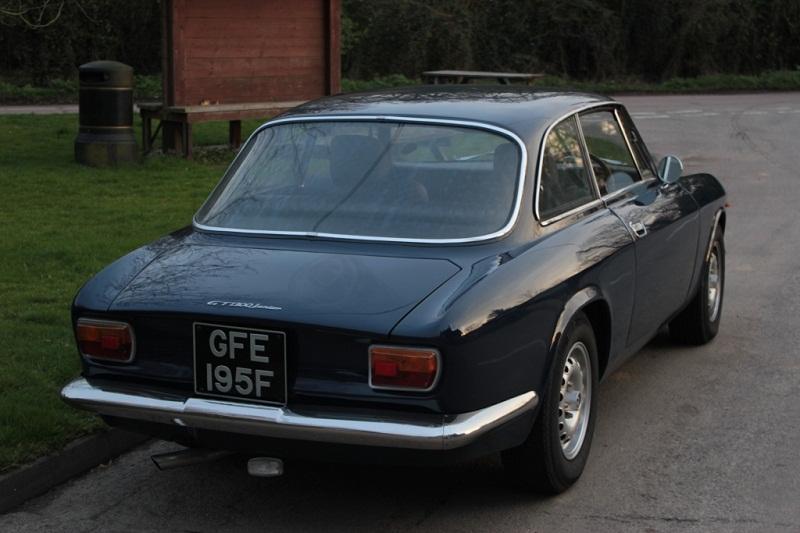 Alfa-Romeo-GT-Junior-2
